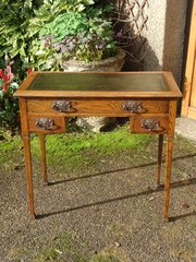 Arts & Crafts oak writing writing desk