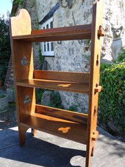 Arts & Crafts pegged bookcase,- Liberty