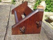 Arts & Crafts pegged oak book rest