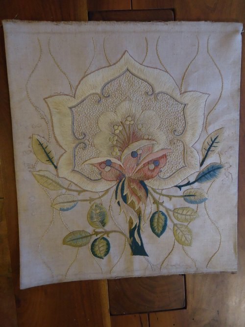 Arts & Crafts silk floral embriodery