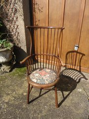 Arts & Crafts spindle back chair for Liberty