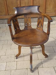 Arts & Crafts swivel desk chair