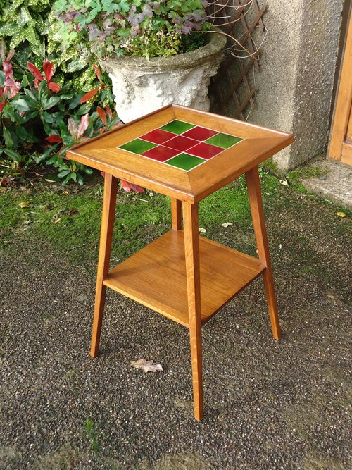 Arts & Crafts tiled top table