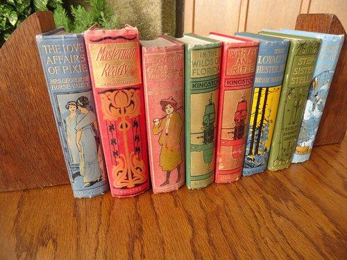 Eight Arts & Crafts Childrens books