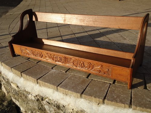 Exceptionally large Arts & Crafts carved bookstand