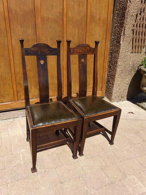 Good pair of Arts & Crafts chairs by Walter Cave