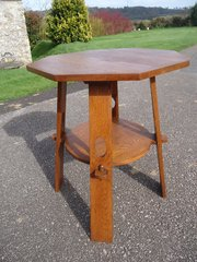 Large Arts & Crafts oak pegged table