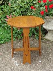 Large Arts & Crafts oak side table - Liberty