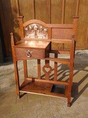 Shapland & Petter Arts & Crafts oak hallstand