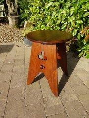 Snall Arts & Crafts pegged oak table
