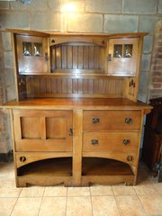 Stunning Arts & Crafts oak dresser