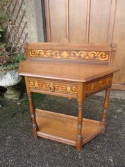 Suberb inlaid Arts & Crafts oak side table