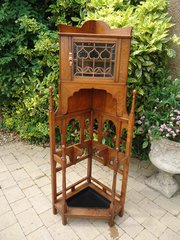 Superb Arts & Crafts corner hall stand