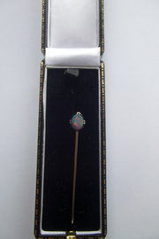 14ct gold and opal stick pin