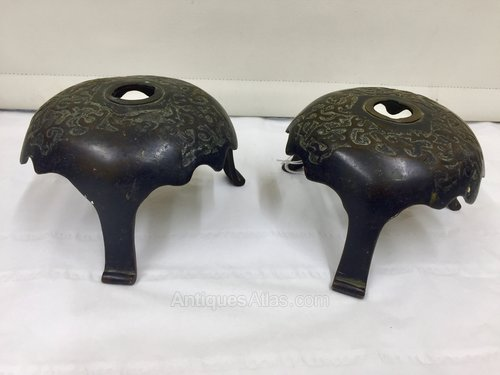 Pr Oriental Bronze Incense Stands