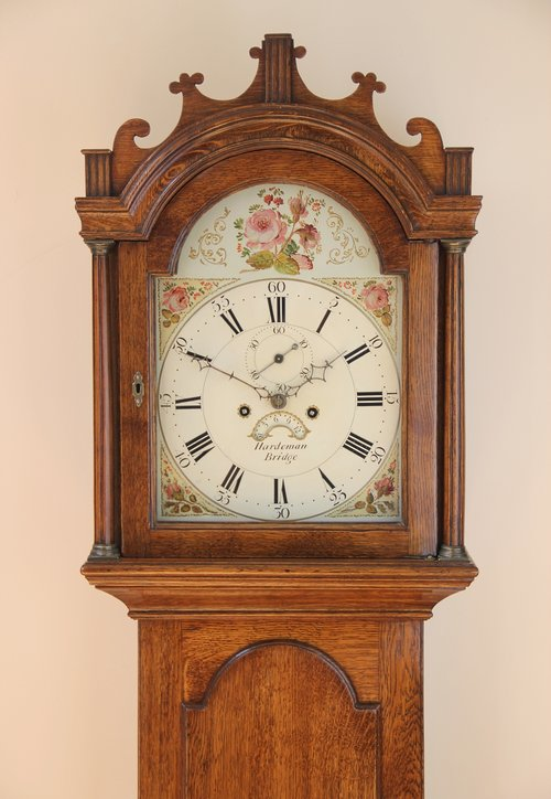Kent Oak Longcae Clock by Hardeman of Bridge