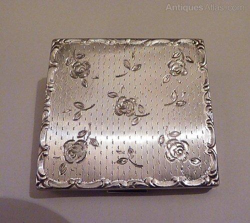 Silver Wedding Anniversary Gift Ideas Uk : ... silver compact mirrors silver wedding anniversary gifts maid of honor