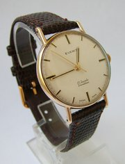 Gents 9ct gold Everite wrist w