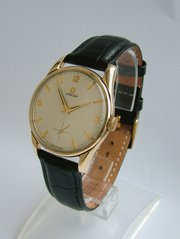 Vintage 9ct gold Omega gents w
