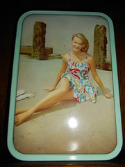 1950s Bathing Beauty Toffee Ti
