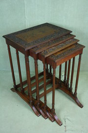 Quarteto Mahogany Nest of Tabl