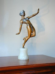 Art Deco figure
