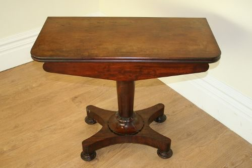 Antique Mahogany William IV Tea / Sofatable
