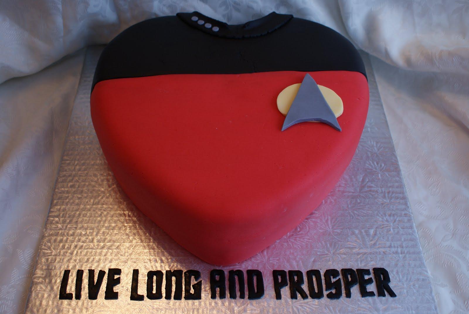 Star Trek Valentines Day Cake 2. SONY DSC