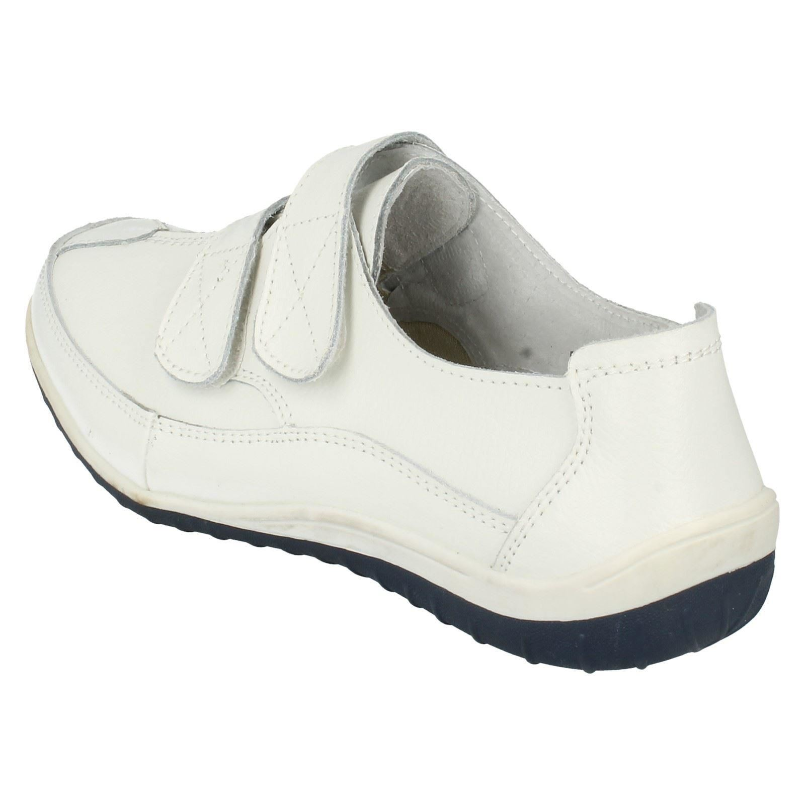 F3097 Ladies Down To Earth Shoes Styel