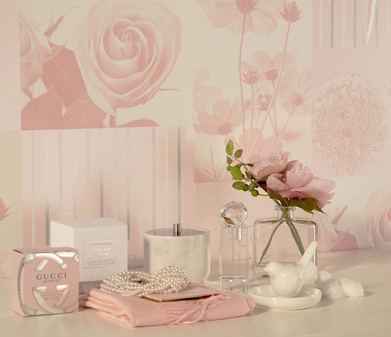 Rose Blush Floral Papier Peint Feuille Papillons Fleurs géométrique carreaux Plumes