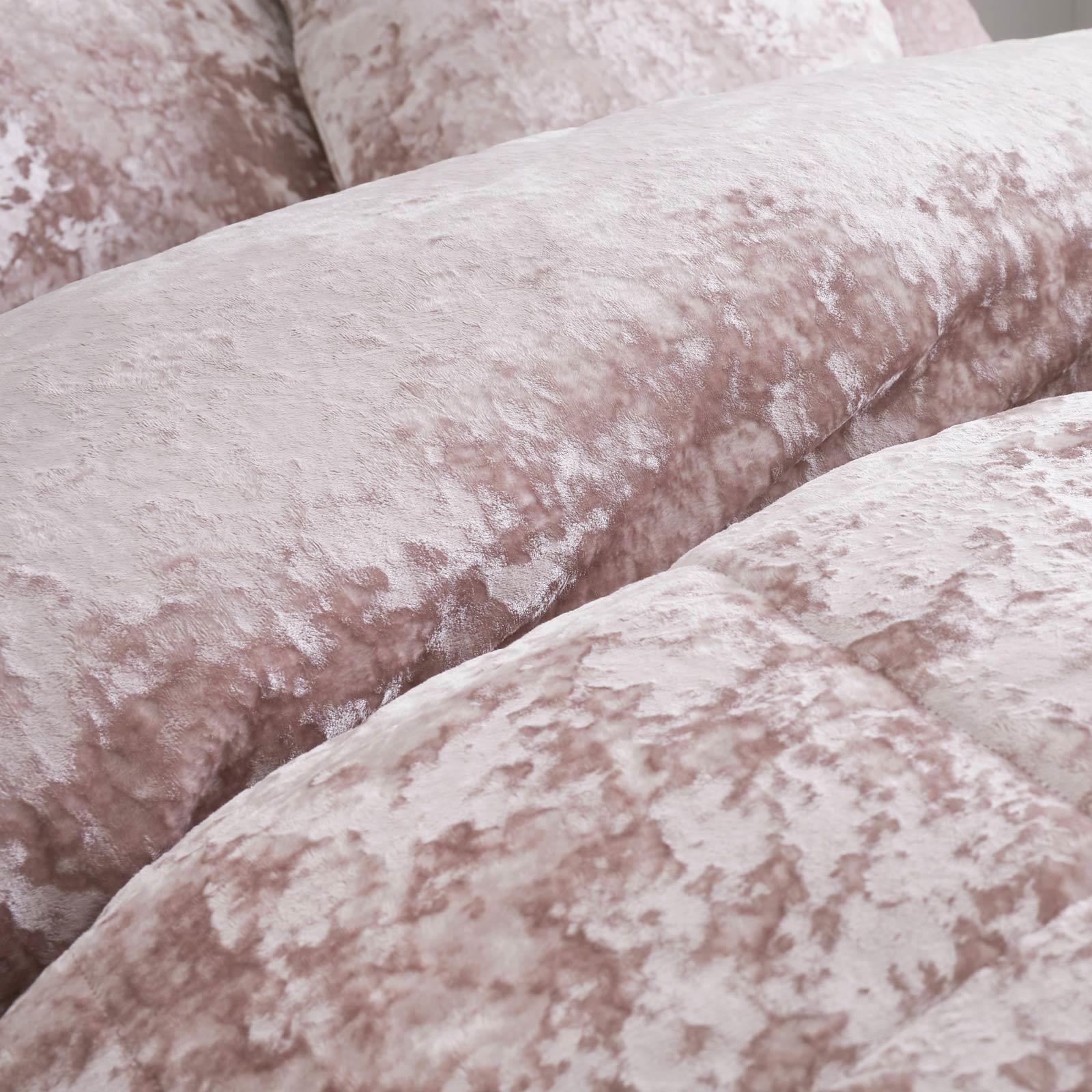 Catherine Lansfield Crushed Velvet Blush Duvet Set Reversible Bedding Spread