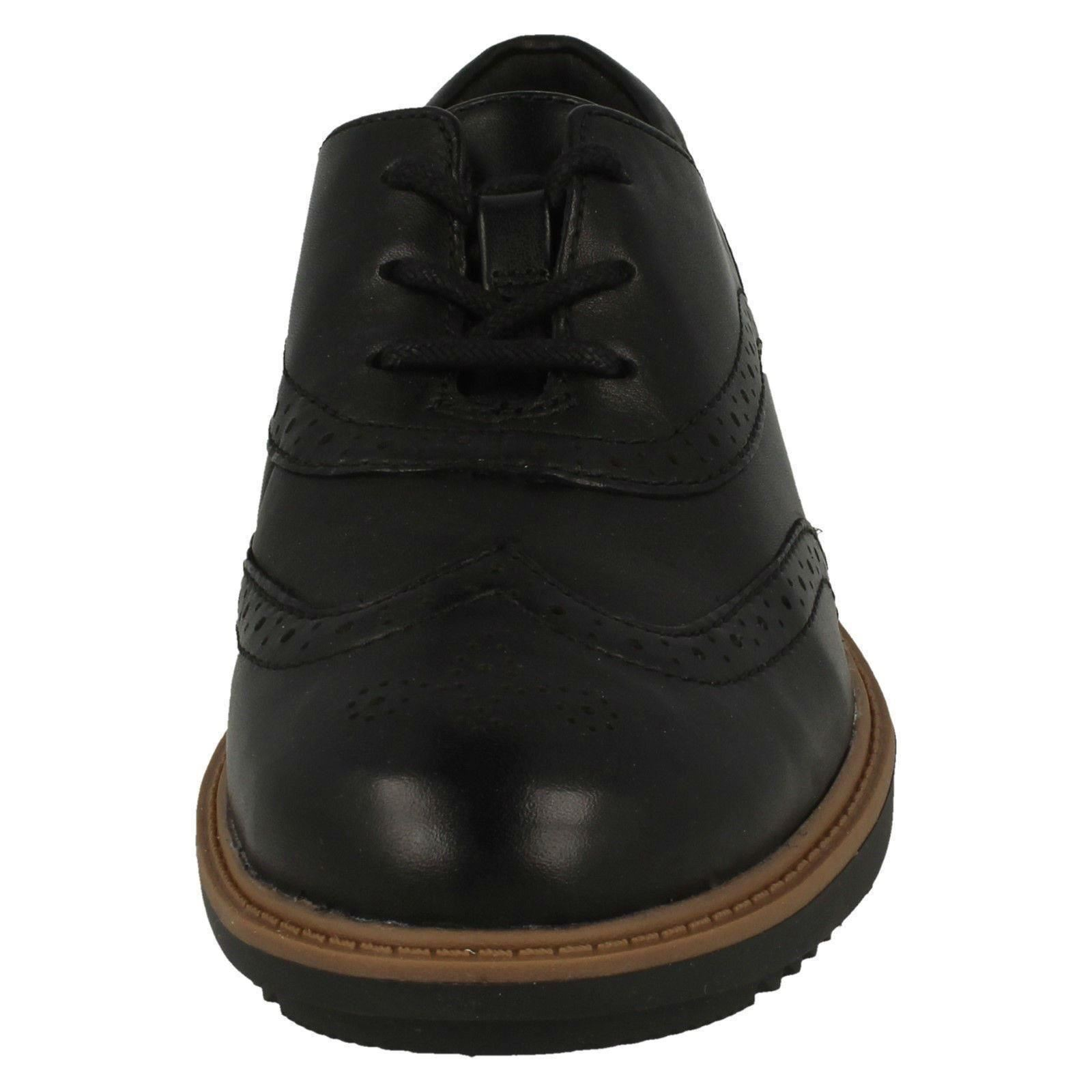 Womens Clarks Lace Up Brogue Style Shoes Raisie Hilde