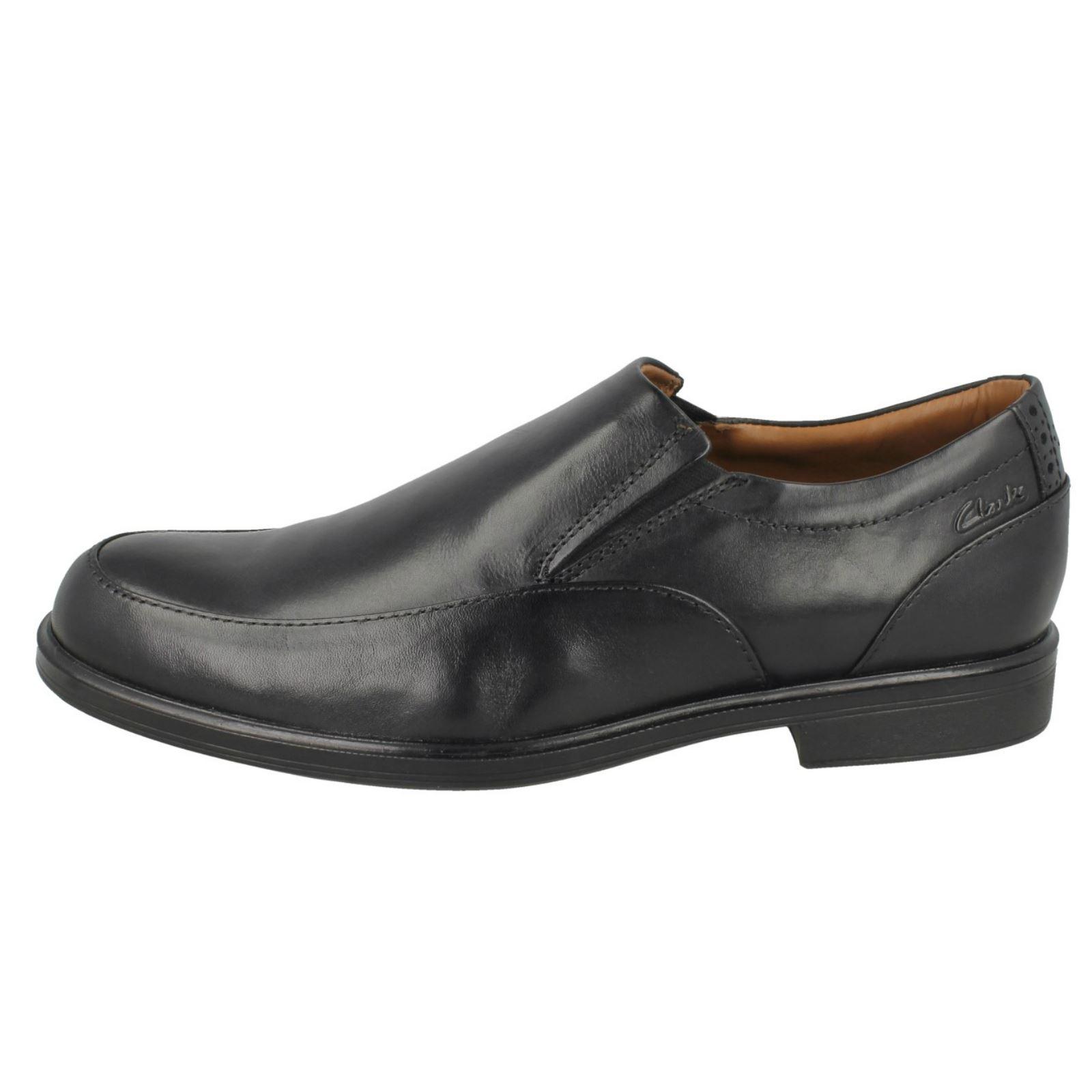 Mens Clarks Slip On Shoes /'Gabson Step/'