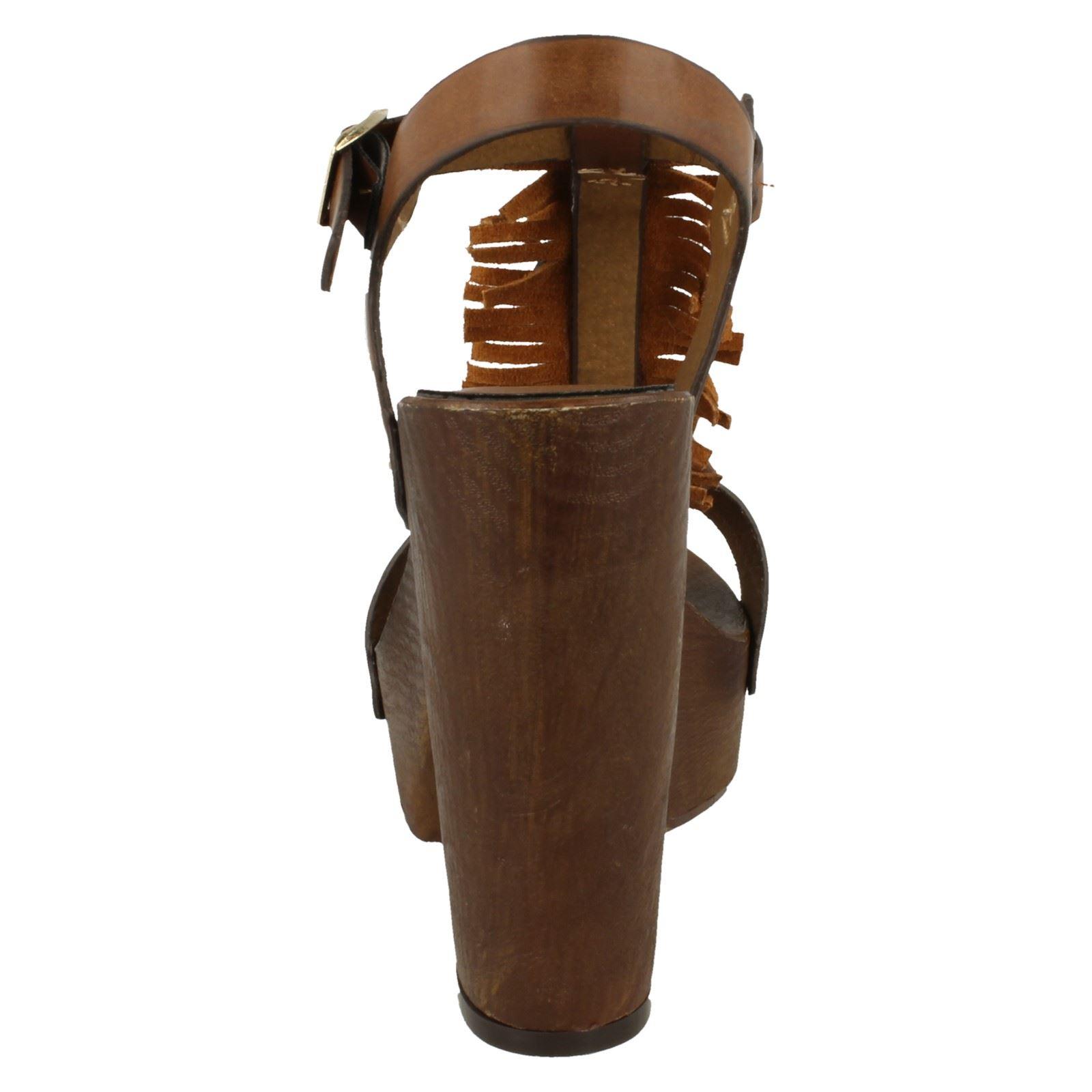 Ladies Savannah High Platform Wood Clog T-Bar Sandal