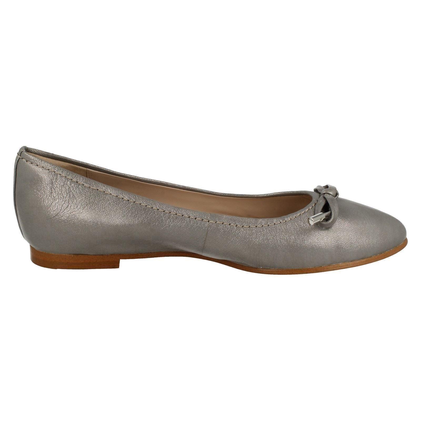 Damas Clarks Zapatos Planos Dolly gracia Lily