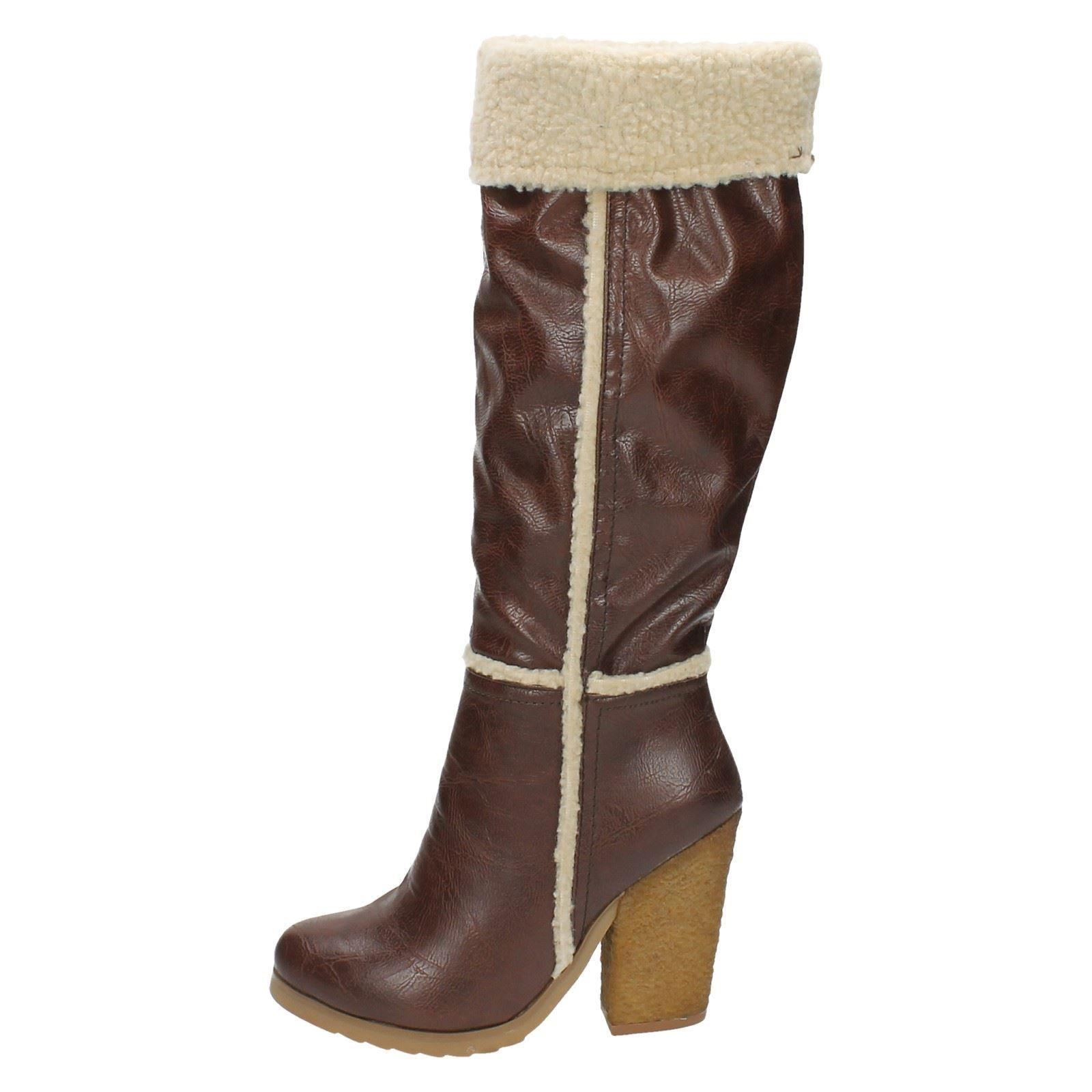 Femmes Down to Earth Casual High Leg Boot