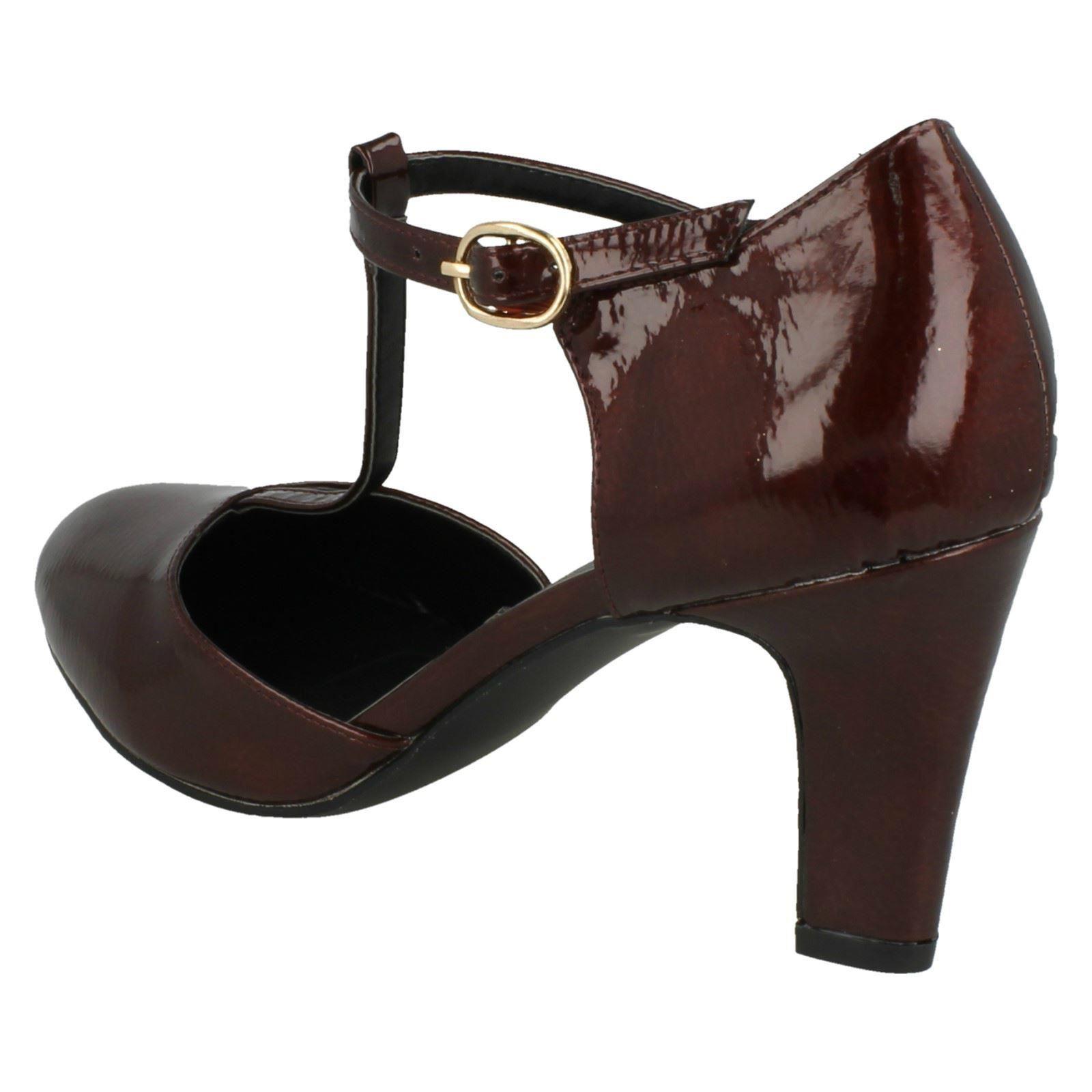 Ladies Anne Michelle T-Bar Smart Shoes