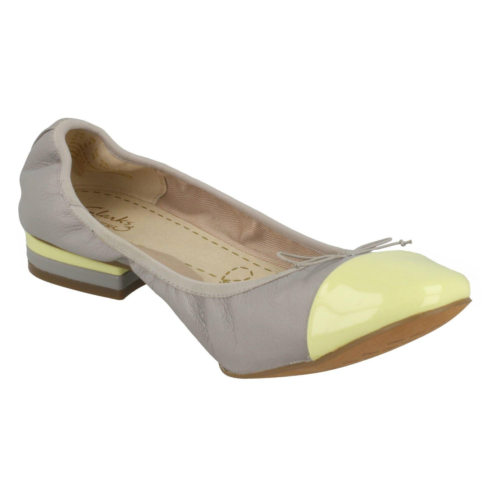 Ladies Clarks Casual Slip On Heeled Leather /& Synthetic Shoes Ditsy Dress