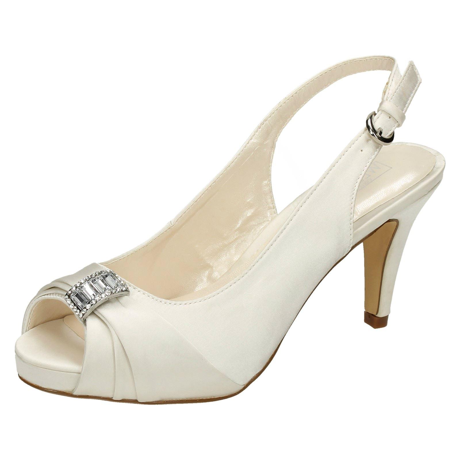 Ladies Spot On Heeled Bridal Shoe