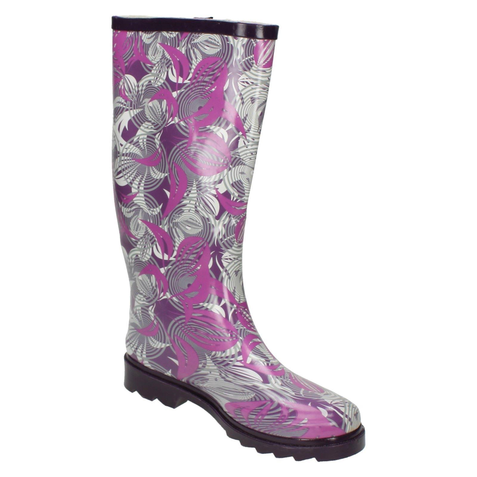 Ladies Spot On Flat Leaf Pattern Slip On Wellington Boots