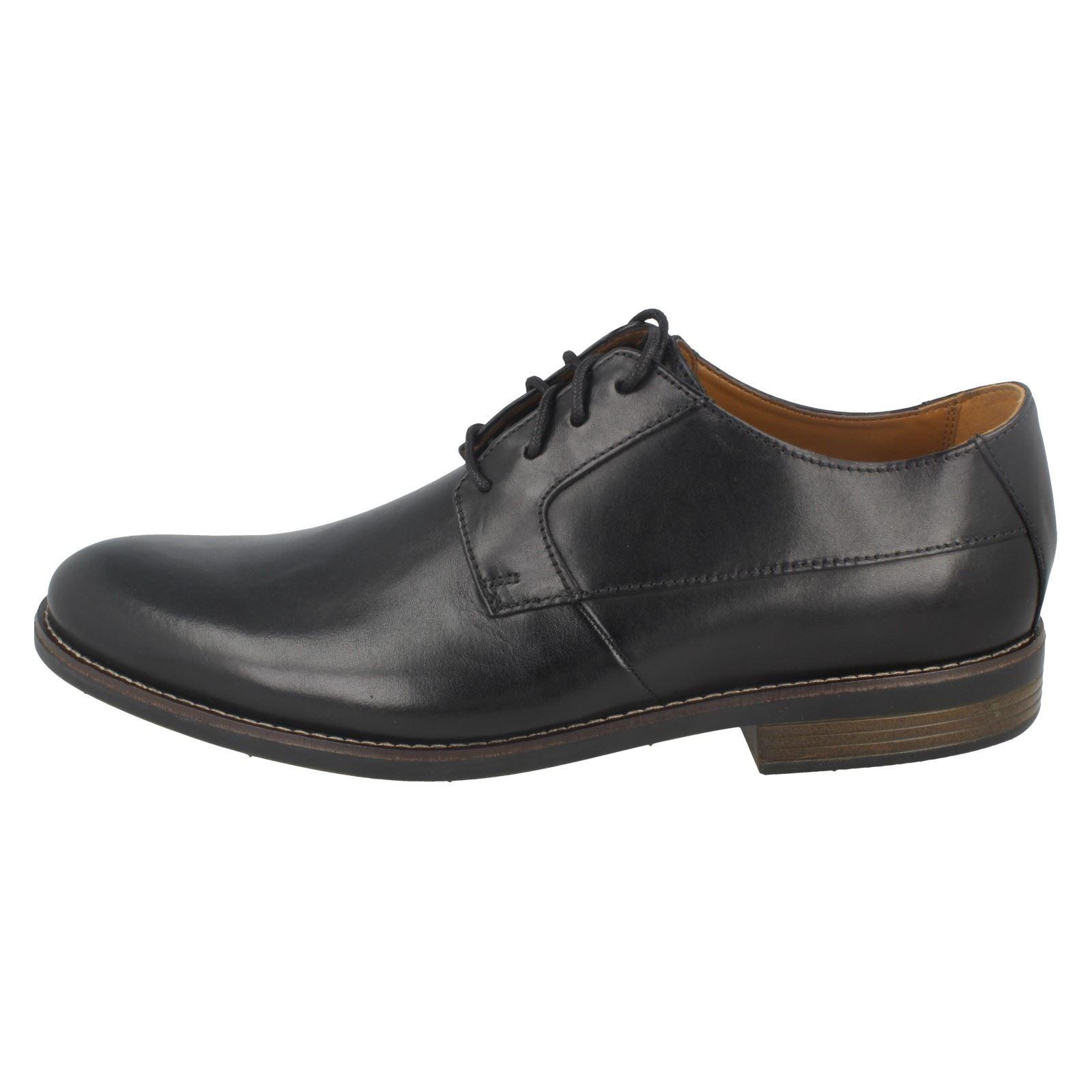 Mens Clarks Smart Stitch Detail Lace Up Leather Shoes Becken Plain