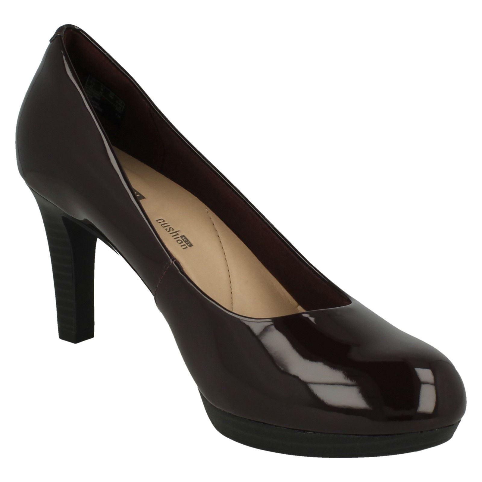 Femmes Clarks Adriel Viola à Talon Cour Chaussures