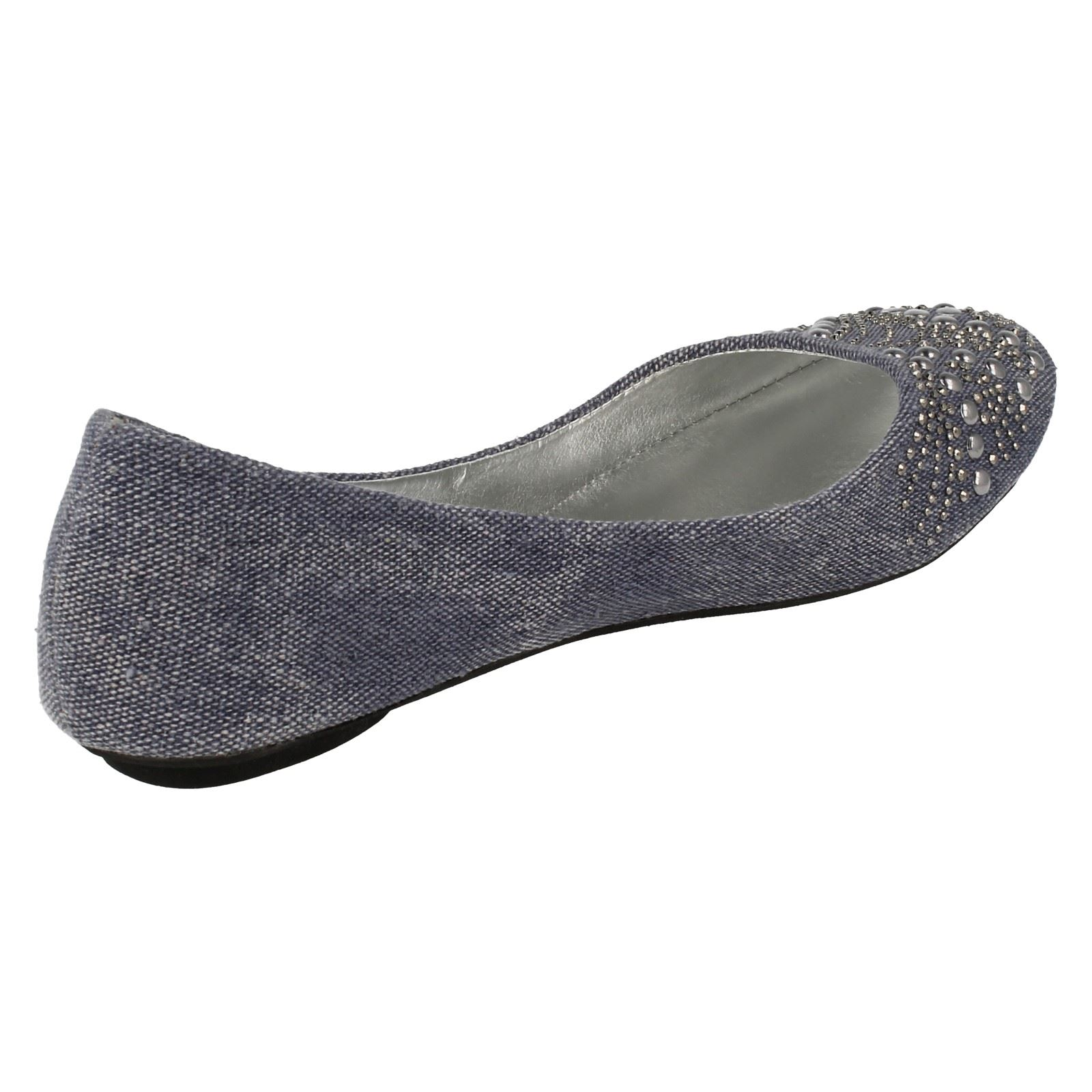 Ladies Spot On Ballerina Style Flat Shoes