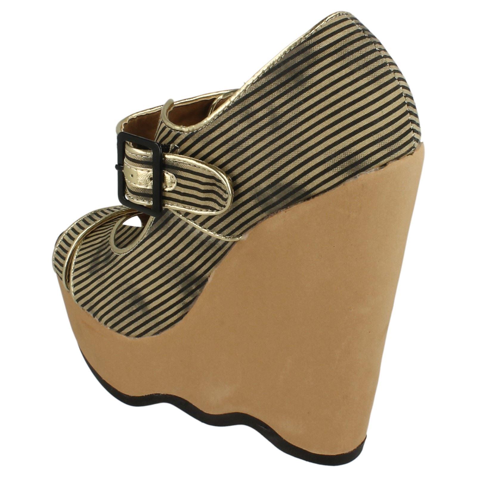 Femmes Spot on Haute Plate-forme Bout Ouvert Sandales