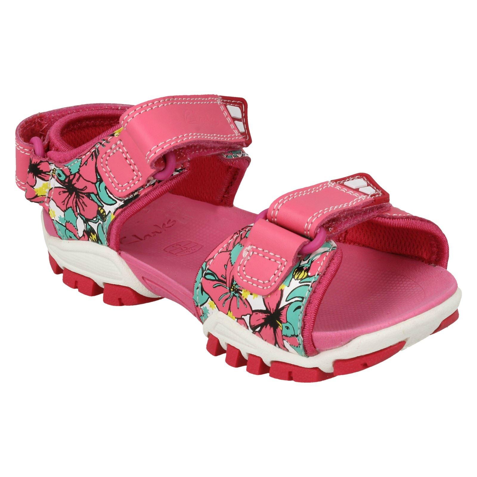 Girls Clarks Water-Friendly Sandals /'Zalmo Word/'