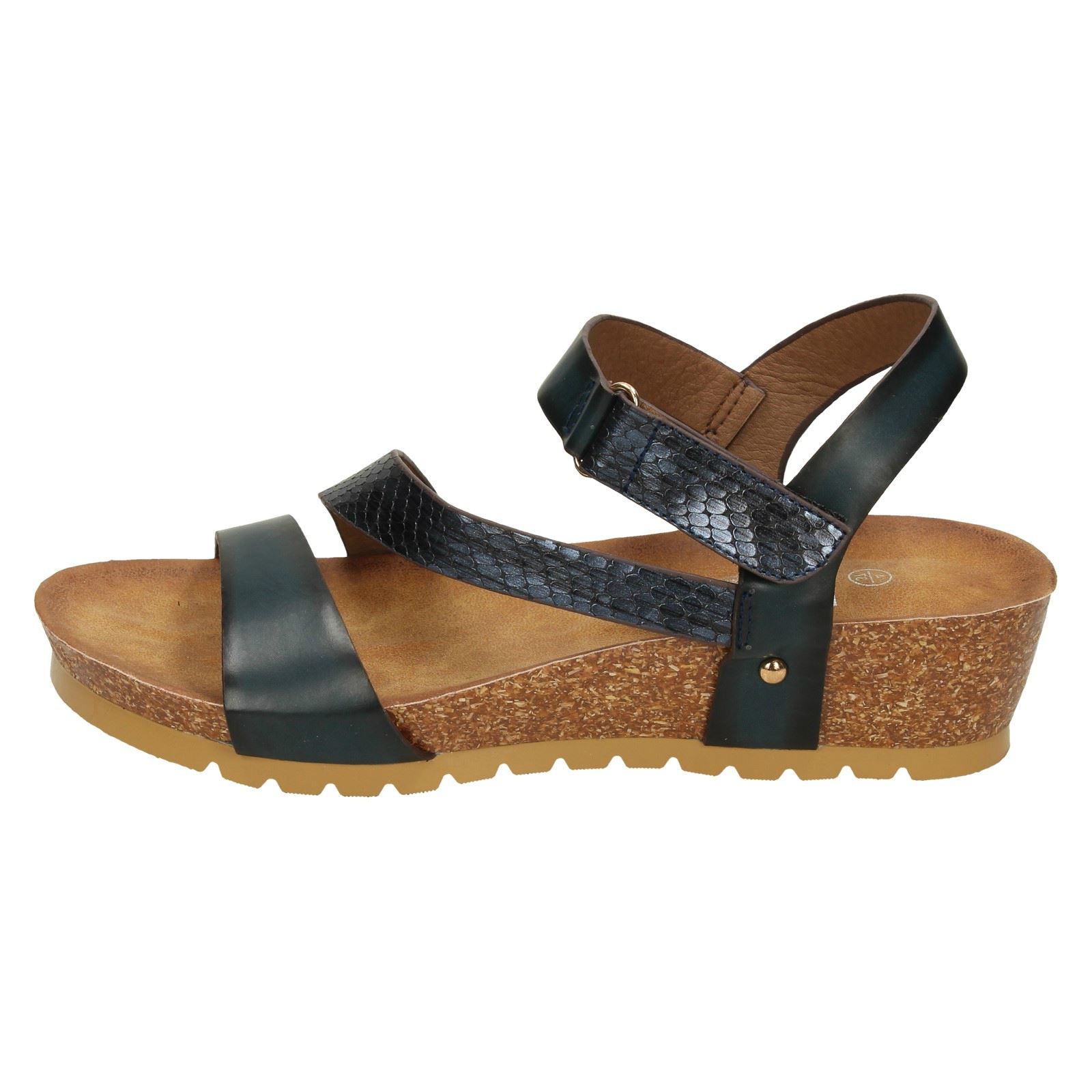 Ladies Mid Wedge Y Strap Sandals *Down To Earth*
