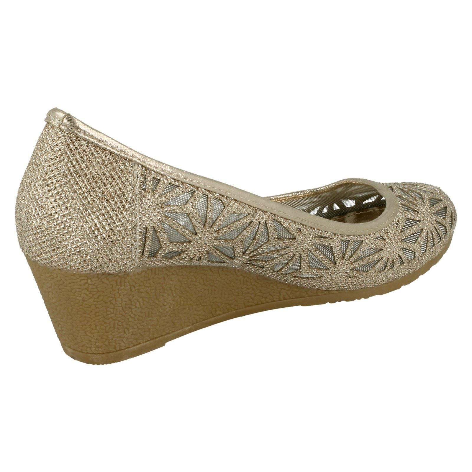 Ladies Spot On Meshed *Wedge Shoes*