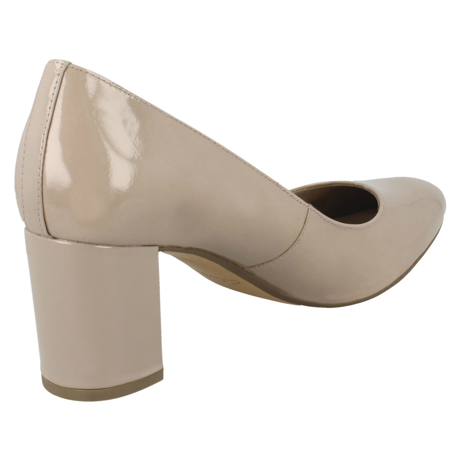 Blissful Cloud Ladies Clarks Smart Leather Court Shoes With Chunky Heel