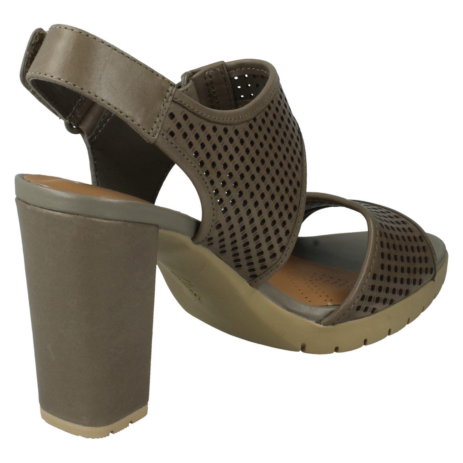 Clarks Ladies Casual Summer Sandals Pastina Estate