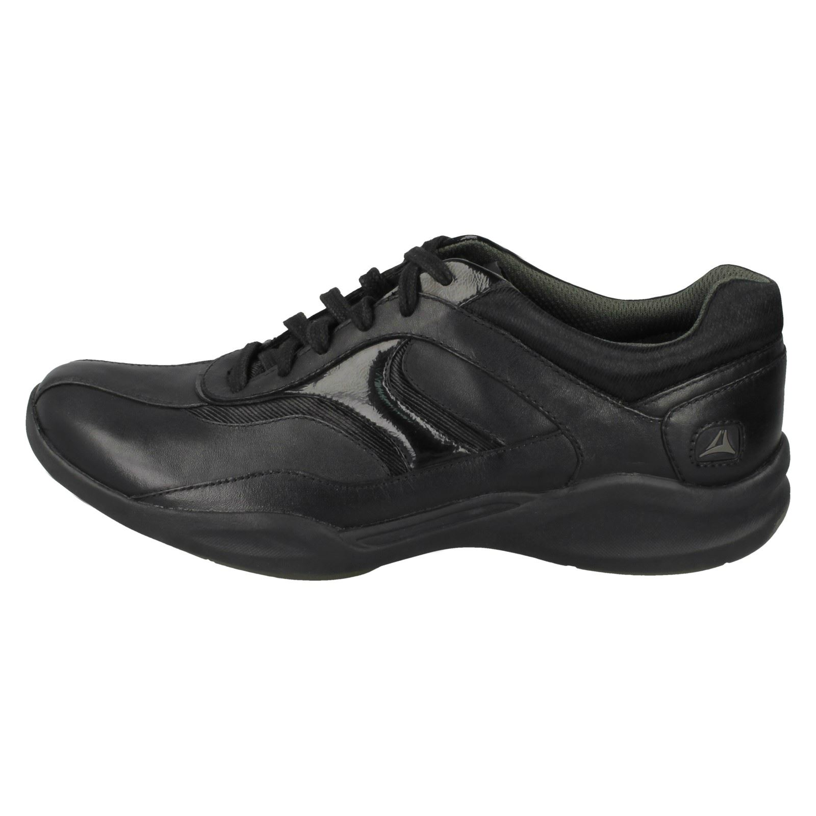 Ladies Clarks Casual Trainers Wave Flow Lace